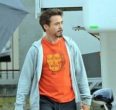 """(@rdj_lover_soul_collector) on Instagram: """"Robert Downey Jr wearing an Iron Man T-shirt  #robertdowneyjr"""