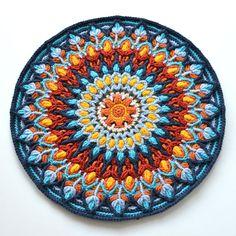 Spaanse Mandala - overlay gehaakt patroon - ronde kleurrijke cushion - direct downloaden