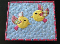 You have to see Birds Mug Rug on Craftsy! - Looking for quilting project inspiration? Check out Birds Mug Rug by member morelcabin. Mug Rug Patterns, Quilt Block Patterns, Applique Patterns, Applique Quilts, Quilt Blocks, Canvas Patterns, Star Quilts, Mini Quilts, Quilting Projects