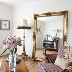 Open up the room large gold mirror, gold mirrors, ornate mirror, oversized mirr Decor, Home Living Room, Room Design, Gold Mirror Living Room, Living Room Mirrors, Decor Home Living Room, Living Decor, Ornate Mirror, Large Gold Mirror