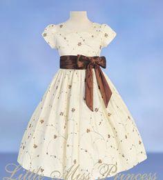 Little girl's dress <3