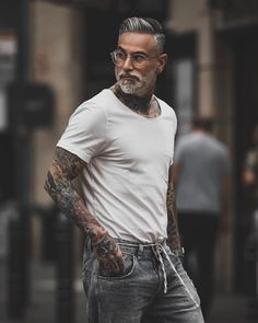 Mens Hairstyles With Beard, Haircuts For Men, Beard Styles For Men, Hair And Beard Styles, Grey Hair Black Man, Grey Hair Men, Bearded Tattooed Men, Handsome Older Men, Tribal Shirt
