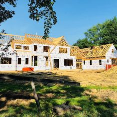 Anchorage estate home progressing nicely. What a beautiful day. #LouisvilleHomeBuilder #HomeBuildersLouisville #LouisvilleNewHomes #LouisvilleBuilders #Custom #HomeBuilderLouisville #LouisvilleCustomHomeBuilder #CustomHomeBuilder #CustomBuiltHomesLouisville #MeridianConstruction #NortonCommons #DavidWeis #Homearamabuilder
