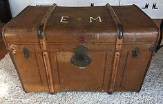 Old Vintage STEAMER TRUNK Wood Box Chest Suitcase Coffee Table Antique German