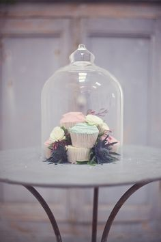 english-country-wedding-ideas-cupscakes