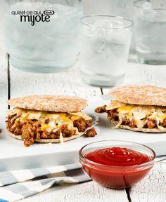 Sandwichs Sloppy Joe piquants #recette Sloppy Joe, Dog Food Recipes, Diet Recipes, Easy Recipes, Savoury Recipes, Ketchup, Sandwiches, Cooking White Rice, Joe Recipe