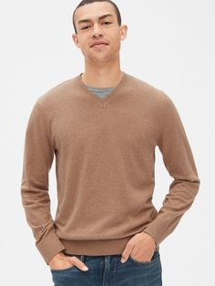 Gap Mainstay V-Neck Sweater Classic Camel Beige Gap Men, Baby Kids Clothes, Rib Knit, Men Sweater, V Neck, Man Shop, Long Sleeve, Sweaters, Mens Tops