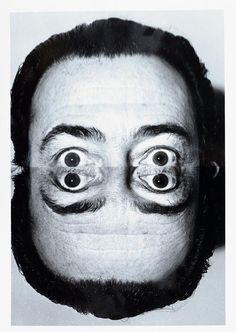 Renown photographer Weegee (Arthur Fellig) takes a surrealistic photo of Salvador Dali