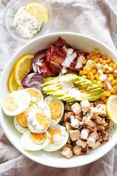 Avocado Chicken Egg Salad - Egg Salad with avocados, chicken, corn, bacon, and a creamy lemon dill dressing! Chicken Egg Salad, Chicken Eggs, Avocado Chicken, Chicken Rice, Pasta Salad Recipes, Avocado Recipes, Healthy Salad Recipes, Keto Recipes, Veggie Recipes