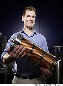 Imagine being able to convert water into a boundless source of cheap energy. That's what BlackLight Power, a firm in Cranbury, N. The only problem: Most scientists say that company's technology violates the basic laws of physics. Cheap Energy, New Energy, Aliens, Solar Energy Projects, Best Scuba Diving, Energy Storage, Quantum Mechanics, Living Legends, Dark Matter