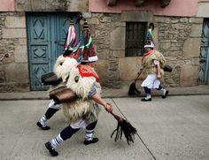 Zanpantzar,Joaldun es un personaje tradicional de la cultura vasca originario de los pueblos navarros de Ituren y Zubieta.