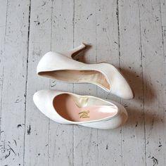 vintage 1950s shoes / white 50s shoes / Chapel Hill by DearGolden, $64.00