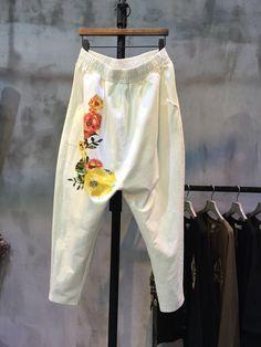 Elastic Waist Flower Print Pants Womans Cotton Cheap Pants    #pants #trousers #cheap #white #flowers #print #harem #loose #pants #cotton #spring