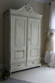 Merveilleux Armoire Painted With Annie Sloan Old White Chalk Paint   Blue Egg Brown  Nest   Shabby Chic