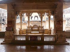 Throne, Garh Palace, Bundi, Rajasthan, India. © 2014 a kiwindian couple.