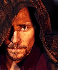Tom as Henry V...I just love this picture!