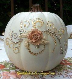 Vos enfants pourront vous aider à créer beaucoup de ces idées amusantes et votre maison sera un grand succès pour Halloween!