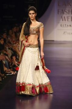 Beautiful #Lehenga - #Ghagra Choli Fusion Ensemble @ #ShaadiBazaar (The hem border can obviously be adjusted as per height)