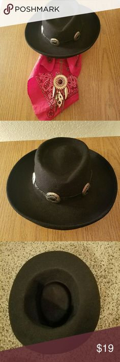 8271550cff3c0 Vintage concho hat Vintage felt hat with with leather band and conchos.  Listed as Unif