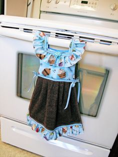 Cupcake Dish Towel Oven Door Dress in Blue by TowelswithaTwist