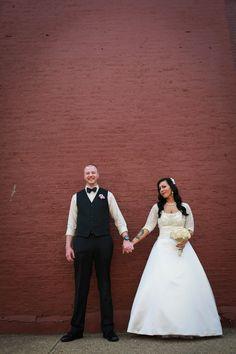 vintage inspired wedding, urban photos downtown  pittsburgh wedding photographer, kayla lynn photos