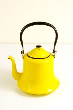 Yellow! Tea Pot! two of my favorites!