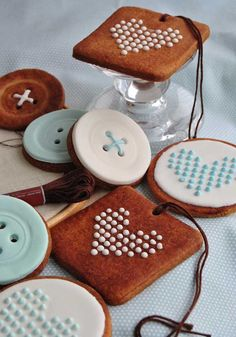 embroidery and buttons cookies