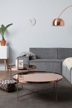 Stylish monochrome living room inspiration with greenery and wood accents. We love the copper coffee tables. Copper Living Room, New Living Room, Living Room Furniture, Living Room Decor, Small Living, Modern Living, Glass Furniture, Bespoke Furniture, Luxury Furniture