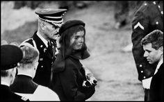 Elliott Erwitt Jacqueline Kennedy, Arlington, Virginia, 1963