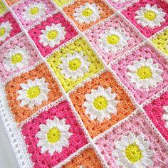 Crochet Daisy Flower Square Blanket Tutorial
