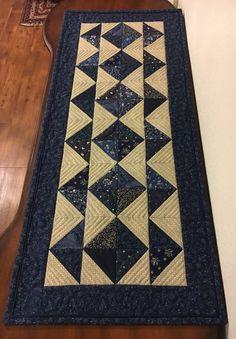 Blue diamond table runner by Tammy   1/13/17