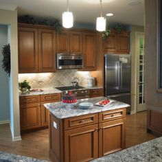 Traditional Kitchen By Yorktowne Cabinetry Toll Brothers Model Homes Pinterest