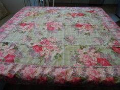 Vintage April Cornell Chic and Shabby Pink Green Cotton Tablecloth 50 x 52