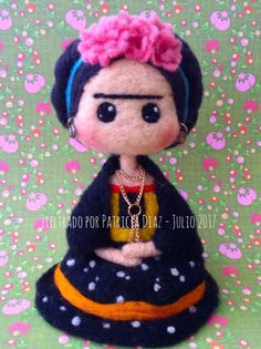 Welcome to the Patyta Workshop, smile as you enter … - DIY and Crafts Felt Crafts, Diy And Crafts, Felt Fairy, Diy Fan, Felt Decorations, Felt Dolls, Needle Felting, Creative Art, Biscuit