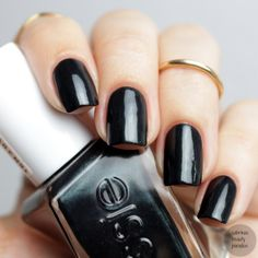 Essie Gel Couture Collection 2016 Hang up the Heels black based nailpolish with green shimmer