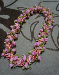 ハワイでリボンレイ&製作スクール Ribbon lei Happy na Mainichi!
