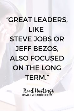 """""""Great leaders, like Steve Jobs or Jeff Bezos, also focused on the long term"""" ― Reed Hastings. Want to set long term goals as a college student? Not sure where to start? Click here for 11 personal long term goal ideas for college students. Life is about more than good grades and graduation. Plus, get your FREE SMART Goals Worksheet. #Goals #GoalSetting #GoalPlanning #GoalsforLife #LifeGoals #LifePlanning #College #Student #SettingGoals #SMARTGoal #SMARTGoals #StudentLife #CollegeLife After College, College Life, Smart Goals Worksheet, Reed Hastings, Long Term Goals, Personal Development Books, Goal Planning, Great Leaders, Good Grades"""