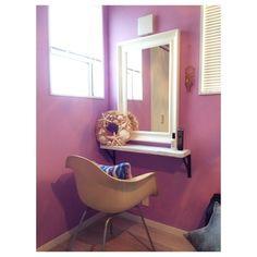 yoccoさんの、イームズチェア,IKEA,似非ドレッサー,メイクスペース,メイクコーナー,ベッドルーム ,寝室,ペンキ,DIY,机,のお部屋写真