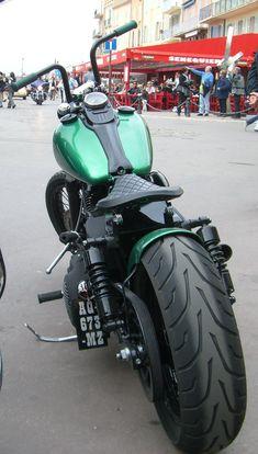 Dyna street bob fat rear tyre #harleydavidsonsoftailstreetbob