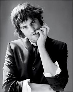 *Swoons* I've always had a thing for hot British actors who can sing Beatles songs on key. Jim Sturgess + Across The Universe= <3