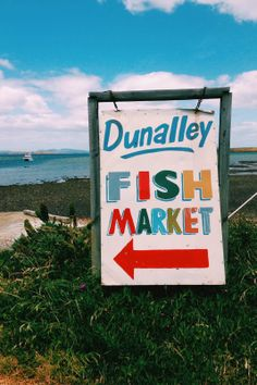 The Dunalley Fish Market is a great stop on the way down to Port Arthur, and has, so say, the best fish and chips in Tasmania. #dunalley #tasmanpeninsula #tasmania #discovertasmania Image Credit: Hugo and Elsa