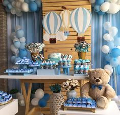 Ideas Baby Shower Decorations Balloons Boy For 2019 Baby Shower Decorations For Boys, Boy Baby Shower Themes, Baby Shower Balloons, Baby Shower Centerpieces, Baby Shower Parties, Baby Boy Babyshower Themes, Boy Baby Showers, Baby Boy Themes, Shower Party