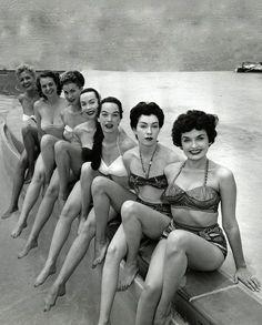 '40-ties, Vegas show girls