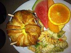Lunch Time! Boxed Lunch Sandwich, includes fresh fruit and pasta salad. Order online SAVE 10% www.delibaking.com
