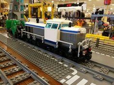 Boy Toys, Toys For Boys, Lego Trains, Train Engines, Rolling Stock, Lego Projects, Lego Stuff, Lego Technic, Train Layouts