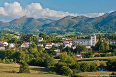 Photos-Villes du Monde: Sare : l'âme du pays basque - Frawsy
