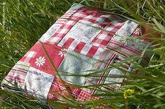 Матрас и подушка из травы