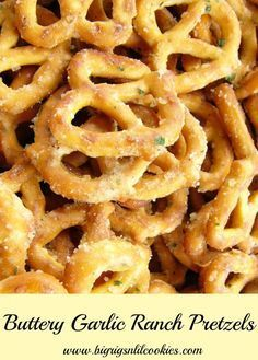 Big Rigs 'n Lil' Cookies: Buttery Garlic Ranch Pretzels (AKA Crack Pretzels) - Shopkins Party Ideas Snack Mix Recipes, Yummy Snacks, Appetizer Recipes, Cooking Recipes, Yummy Food, Snack Mixes, Healthy Salty Snacks, Chex Mix, Think Food