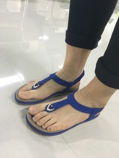15abb7a33eda55 Socofy Comfortable Elastic Clip Toe Flat Beach Sandals is comfortable to  wear. Shop on NewChic to see other cheap women sandals on sale.