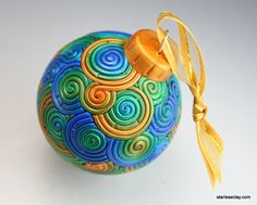 Christmas Ball Ornament in Gold, Green, Blue Polymer Clay Filigree Polymer Clay Ornaments, Polymer Clay Christmas, Glass Christmas Ornaments, Ball Ornaments, Handmade Polymer Clay, Christmas Balls, Xmas Crafts, Christmas Projects, Egg Decorating